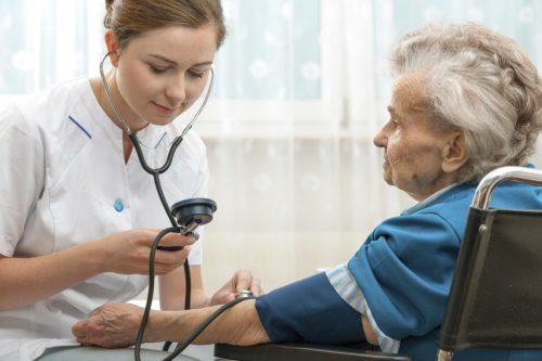 Как можно поднять у пожилого человека гемоглобин