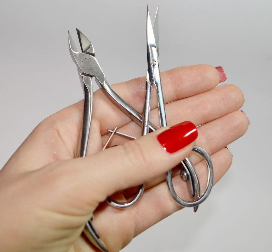маникюрные ножницы